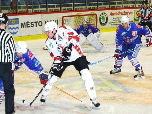Hokejisté Havířova unikli v posledním domácím zápase desítce od Chomutova jen o vlásek.