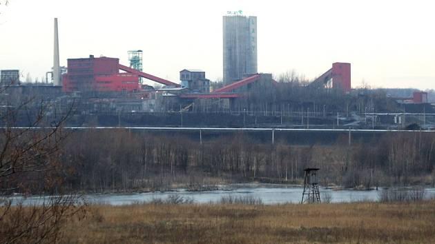 Těžba uhlí se projevuje na povrchu území Karvinska. Na snímku je Důl Lazy