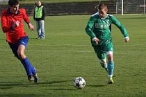 Karvinský B tým vstupuje do sezony. Na snímku vpravo Michal Ruisl.