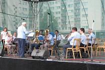 Neplánovaně poslední vystoupila dechová hudba Hasičanka. Pak dechovkářské odpoledne zhatilo počasí.