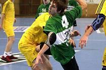 Adam Niebroj (v zeleném) a jeho spoluhráči bojují v I. lize staršího dorostu o titul.
