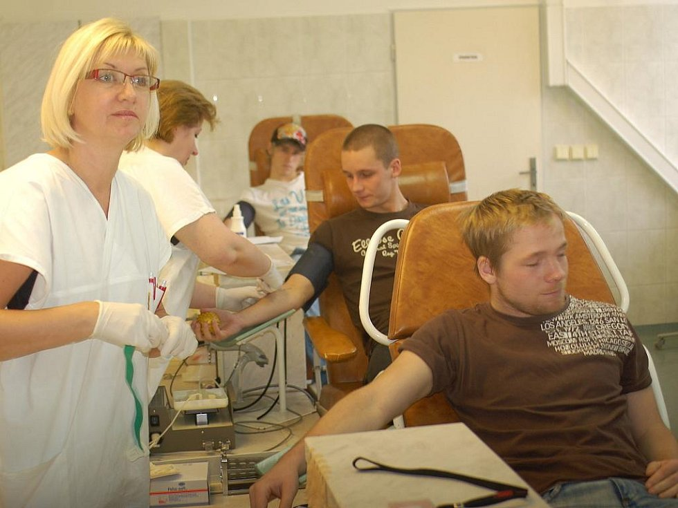 Fotbalisté z Karviné darovali krev