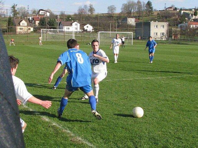 Albrechtičtí fotbalisté doma spálili kupu šancí a prohráli 0:1.