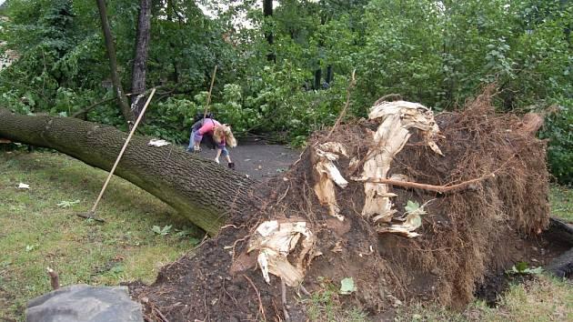 Následky bouřky v Českém Těšíně