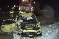 Havarovaný vůz byl notně poškozen.