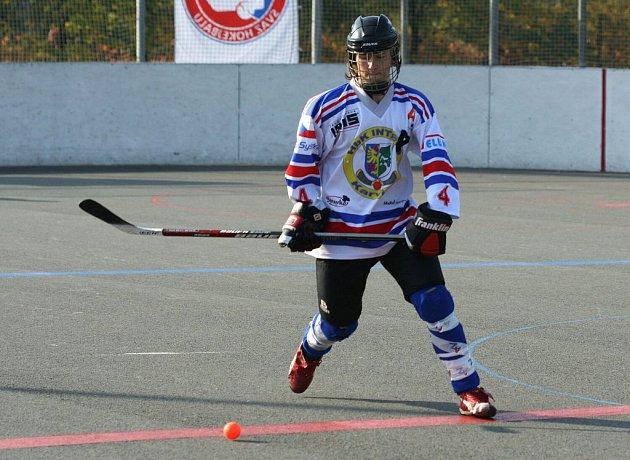Hokejbalisté Karviné vstupují do vyřazovacích bojů.