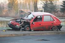 Nehoda s následným požárem automobilu v Karviné