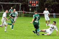Fotbalisté Karviné (v zeleném) se s problémy protlačili přes divizní Lískovec do 2. kola Ondrášovka Cupu.