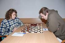Šachisté Jäklu doma prohráli. Vlevo Marcin Walach.