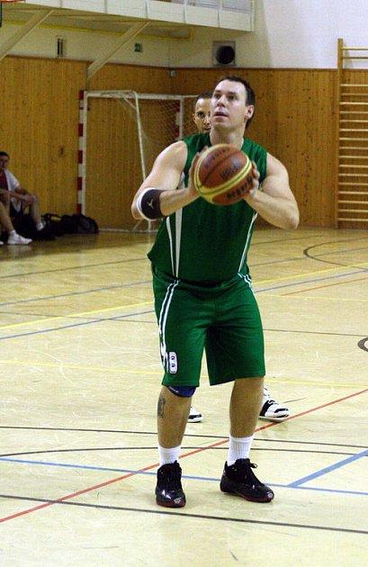 Basketbalisté Karviné už v poklidu dohrávají svou soutěž.