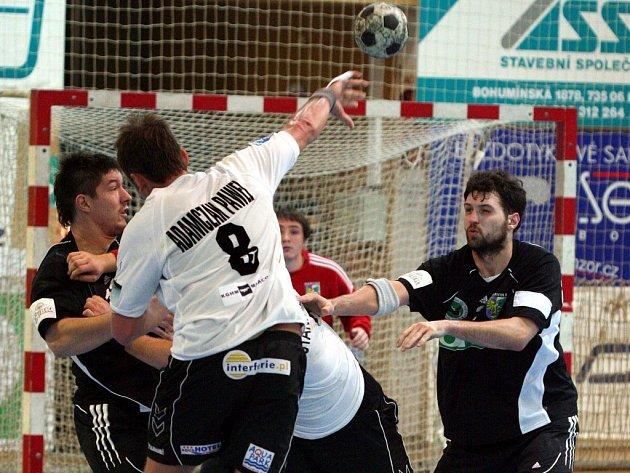 Karvinští házenkáři odehráli v úvodu roku 2008 zápasy s polským Lubinem.