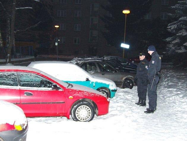 Noční kontrola parkovišť