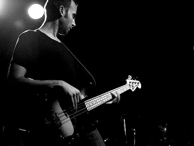 Trio Les Yeux de la Tete bude hrát v českotěšínském Jazzklubu na Střelnici.