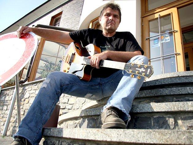 Frontman kamelotu Roman Horký.