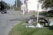 Místo, kde se schraňuje odpad k odvozu, nebylo zvoleno dobře.