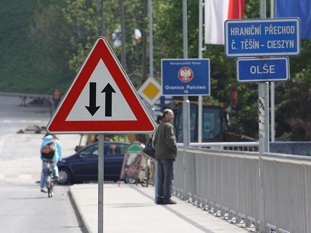 Hraniční most mezi Těšíny