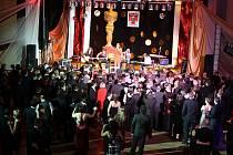 V Domě ŽDB se v pátek konal 16. reprezentační ples města Bohumína.