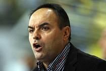 Ernest Bokroš, známý a úspěšný trenér, zavítal do Karviné.