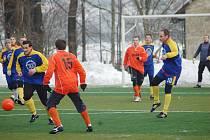 Vyrazit můžete třeba na přípravné zápasy fotbalových mužstev.
