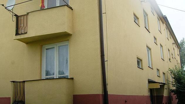 Jeden z opravených domů společnosti RPG v Orlové
