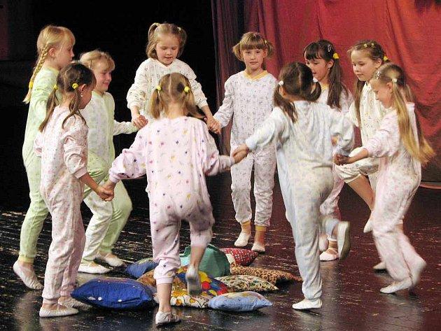 Taneční akademie ZUŠ Leoše Janáčka vynikala pestrostí.