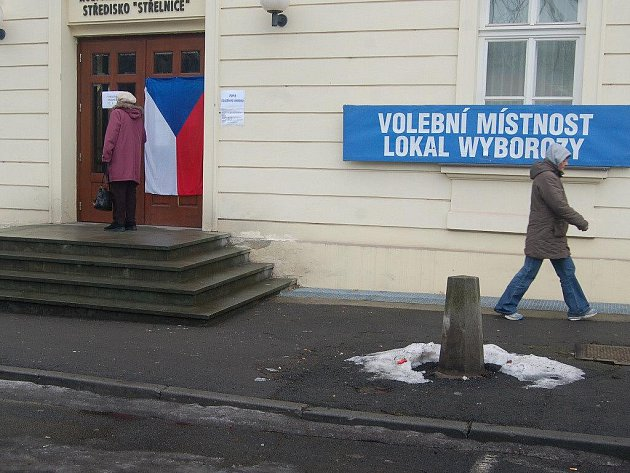 Jedna z volebních místností v Českém Těšíně