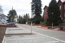Parkoviště v centru Horní Suché je hotové.
