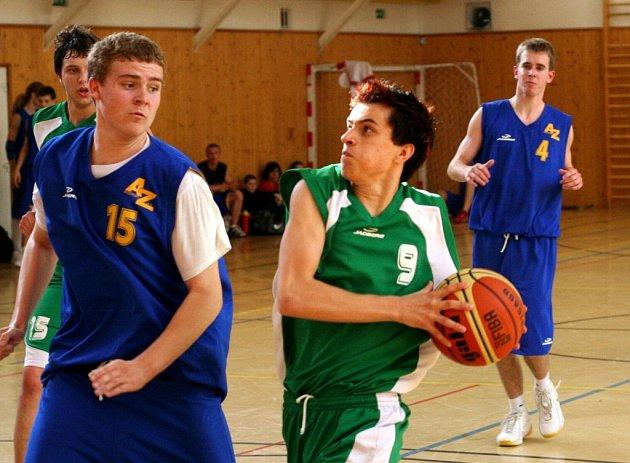 Basketbalisté Karviné se v oblastním přeboru perou o udržení.