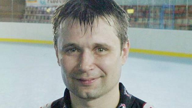 Jiří Staněk a jeho spoluhráči letos zkoušejí extraligovou soutěž.