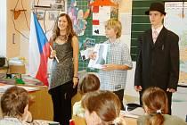 Žáci museli na fotografii poznat T. G. Masaryka, o kterém se následně dověděli několik informací.