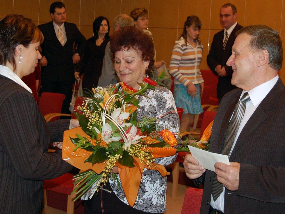 Manželé Eliášovi z Orlové oslavili v těchto dnech zlatou svatbu.