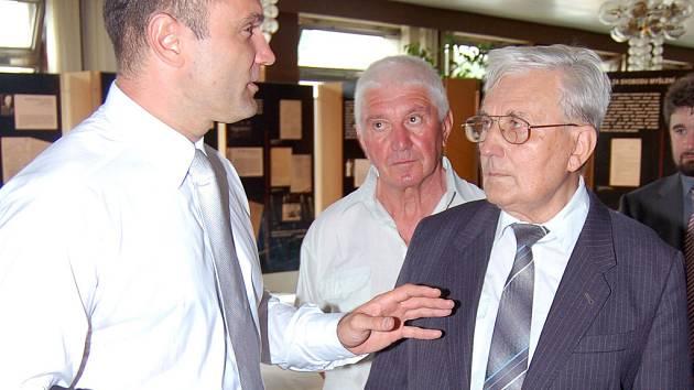 Ivan Langer při zahájení výstavy