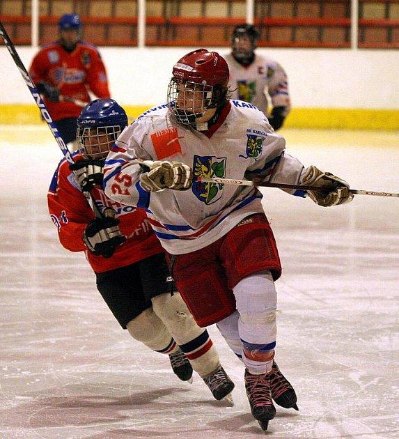 Mádežnické soutěže v hokeji pokračovaly.