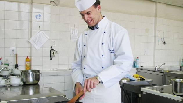 Jakub Kubálek se na soutěže připravuje v hodinách odborné výuky.