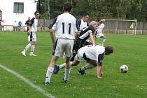 Hornosuští fotbalisté napravili ve středu víkendové zaváhání s Heřmanicemi, neboť jasně zdolali Raškovice.