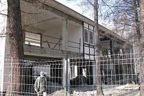 V Karviné-Mizerově se pilně pracuje na rekonstrukci budovy regionální knihovny a jejím propojení s nevyužívaným pavilonem ZŠ U Studny