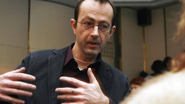 Hostem letošní filmové přehlídky Kino na hranici bude mimo jiné režisér Petr Zelenka.