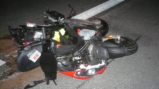 Tragická srážka automobilu s motocyklem v Šenově