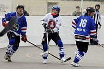 Karvinští hokejbalisté dosud nebodovali.