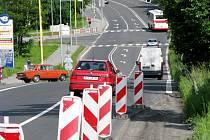Na Těšínské ulici se staví dělený přechod pro chodce