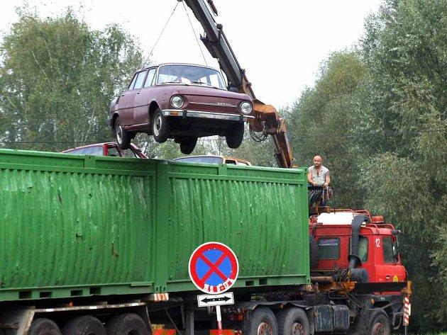 Hromadný odvoz autovraků