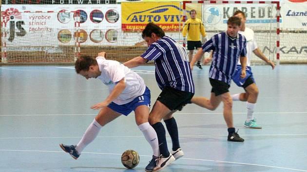 Futsalová liga Karvinska dospěla do své poloviny.