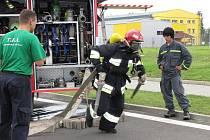 V Horní Suché se konala soutěž hasičů, při které borci museli zdolat několik fyzicky náročných disciplín a ve finále i běh do schodů vysoké těžní věže bývalého Dolu František.