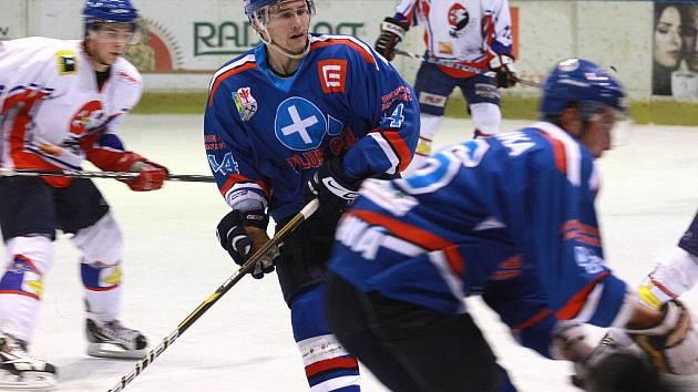 Orlovští hokejisté mají stále vítěznou slinu. Zvládli i dva zápasy během tří dnů.