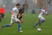 Petrovice vyhrály doma gólem z 92. minuty.