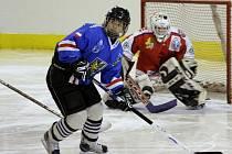 Karvinské hokejistky se v semifinále nejvyšší soutěže střetnou s Kladnem.