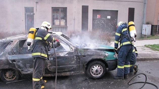 Požár osobního auta v Havířově