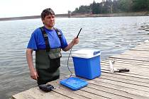 Ilustrační snímek z měření kvality vody hygieniky