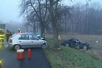 Dopravní nehoda dvou osobních vozidel v Horní Suché