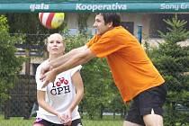 V Karviné proběhl turnaj amatérského plážového volejbalu - BéVéKáKap 2010.